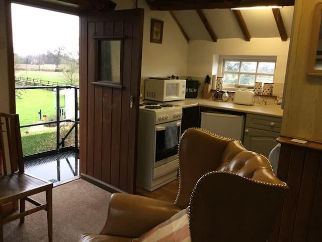 Open Plan First Floor Apartment - Crewe