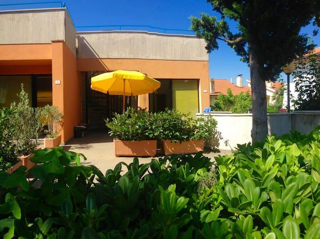 SIROLO, APPARTAMENTO CENTRALE - Sirolo - Appartement