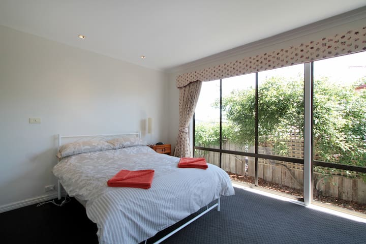 Rose Cottage, comfy & close to MONA - Goodwood