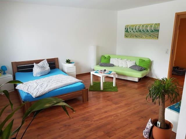 Niveauvolle Ferienwohnung am Kulkwitzer See - Markranstädt - Lägenhet