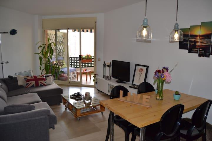 Habitación doble en Tarragona centro con piscina - Tarragona - Apartment