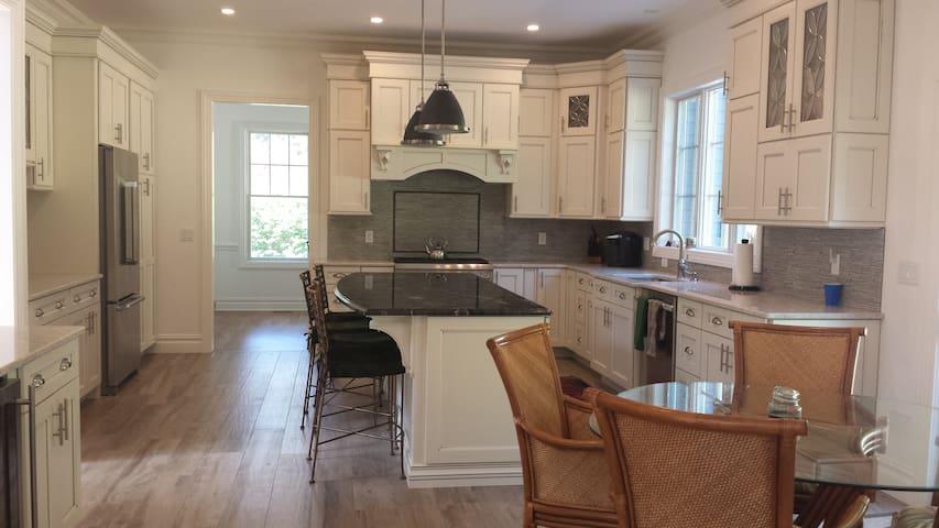 Brand New Home for Rent - Chatham, NJ - Chatham Township - Hus