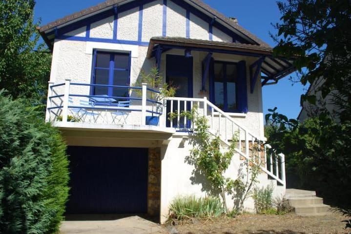 La petite Maison Bleue sur l'Isle - Vaux-sur-Seine - Hus