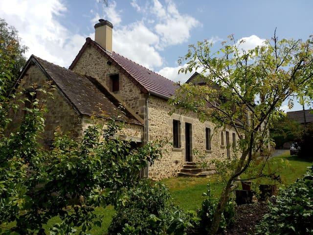 Maison de campagne authentique - Chambon-Sainte-Croix - 獨棟