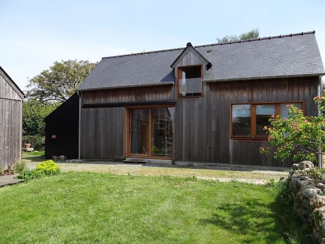 petite maison bois près de la mer - Saint-Jacut-de-la-Mer - Hus