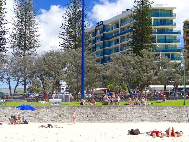 Mooloolaba Beachfront Resort - Mooloolaba