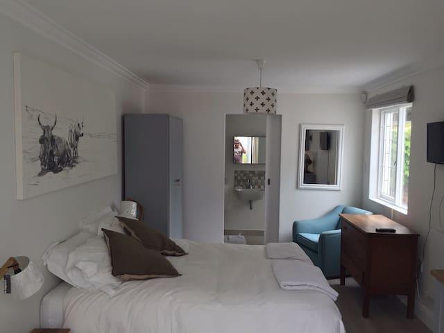 Convenient Newlands cottage - Cape Town - Byt