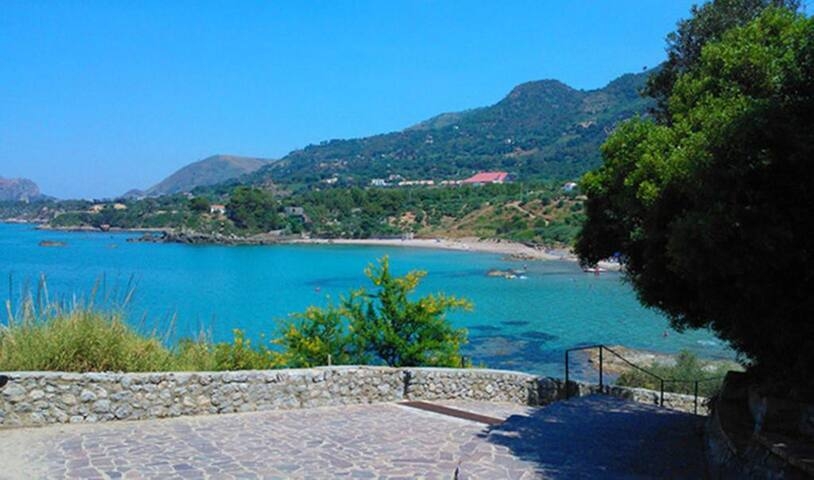 In the green and blue near Cefalù - Mazzaforno - Timeshare (propriedade compartilhada)