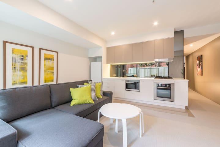 Brand new apartment in a perfect location - Saint Kilda - Apartemen
