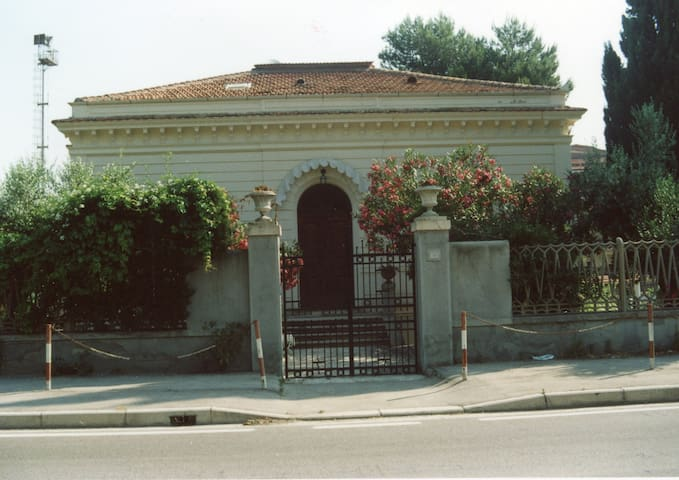 Villa Taito on the sea of Trabocchi - Borgata Marina - Villa
