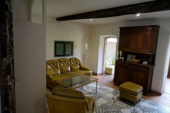 Gîte de charme àMontolieu (15 KM de Carcassonne) - Montolieu