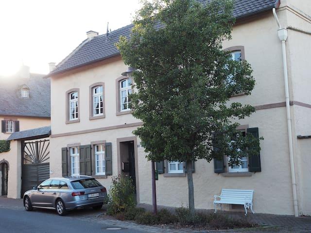 Appartement im Altbau nördl. Eifel - Nideggen - Leilighet