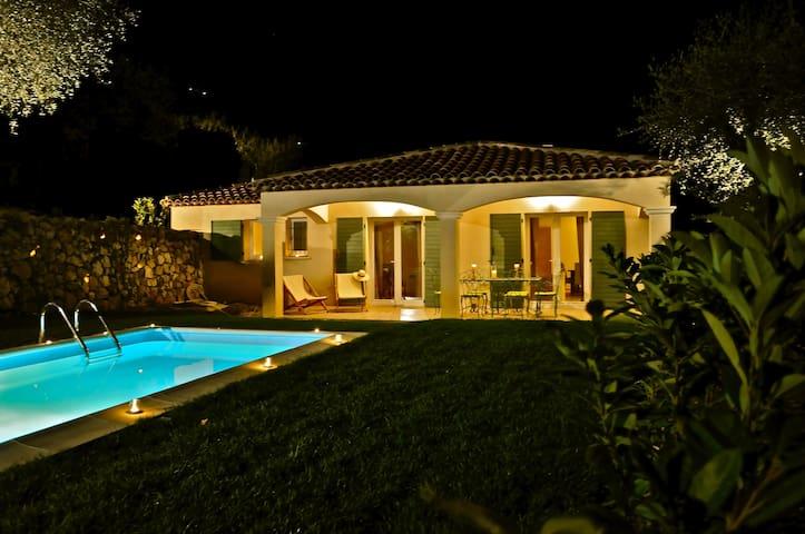 Villa Verona, Charmante villa neuve. - Le Broc - Villa