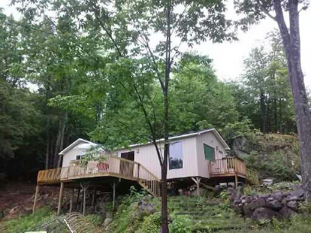 Paradise in Val-des-Monts at Lac Castor! - Val-des-Monts - Hytte
