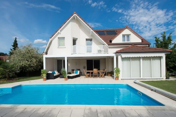 Modern French house - 4km to Basel - Hégenheim - Hus