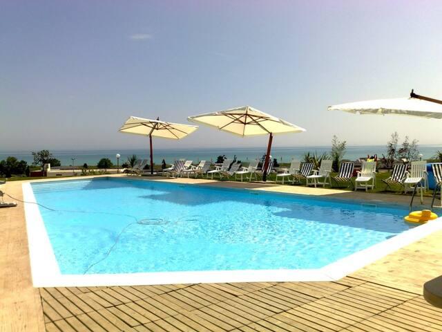 Bilo VistaMare+Piscina+WIFI -Pineto - Pineto - Appartement