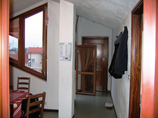 appartamento ultimo p. vista alpi - Cuneo - Appartement