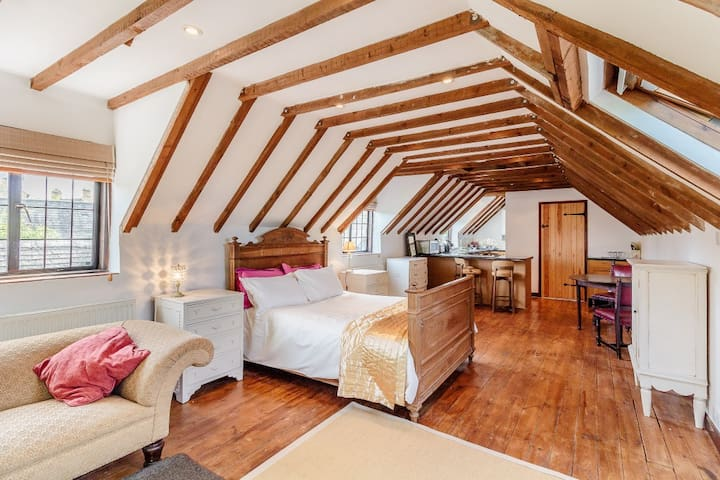 Charming Cotswold self contained studio apartment - Mickleton - Lägenhet