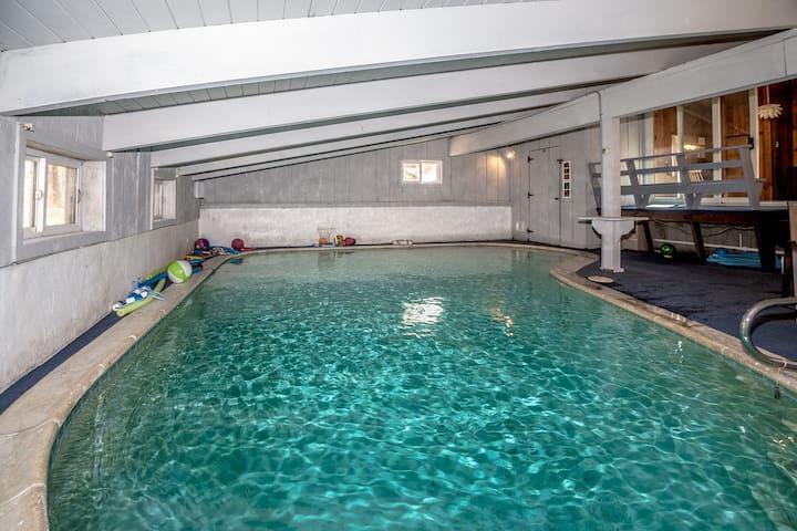 Private Indoor Heated Pool 6 Bdrms - sleeps 16 - Conway - Huis