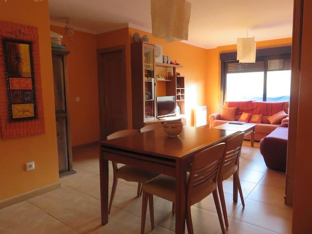 FANTÁSTICO PISO EN SANXENXO - Portonovo - Apartament