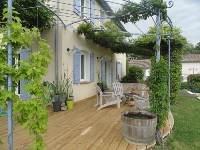 Maison Tout Confort avec piscine proche aéroport - Saint-Sauveur - Ev