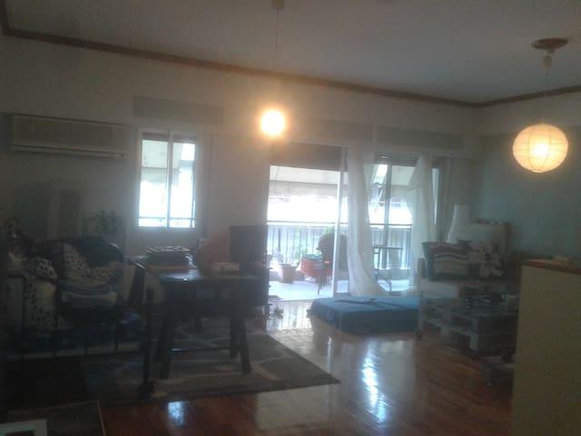 Special & Friendly apartment in the center! - Ioannina - Leilighet