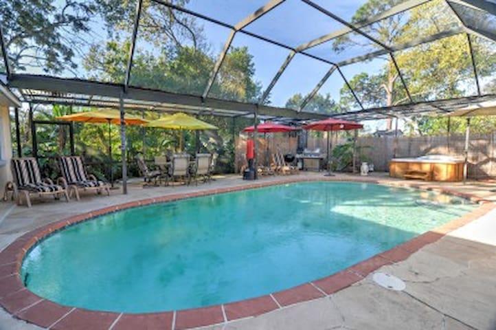 Tarpon Springs Studio w/ Shared Pool Area! - Tarpon Springs