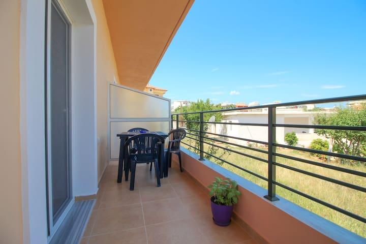 Private flat for 3 people in Ksamil - Ksamil