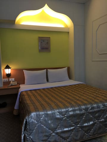 單床雙人房 - West District