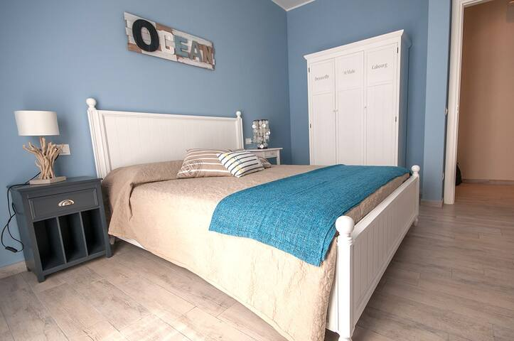 Alla Scaletta - Camera Ocean - Mirandola - Bed & Breakfast