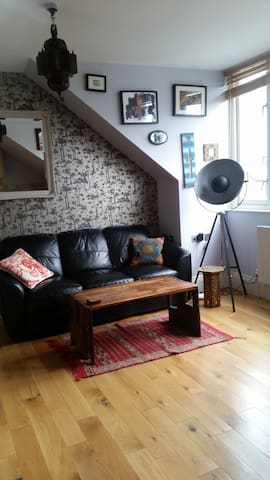 Modern and bright flat in Hackney - Londyn - Apartament
