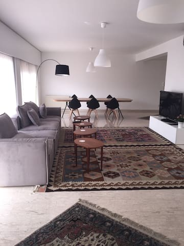 A beautiful flat in the gardens - Strovolos - Lägenhet