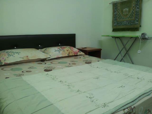 Homestay Seri Iskandar : Furqan Homestay - MY - Casa