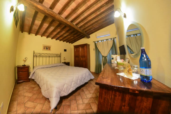 double room at the gates of Siena - Sovicille