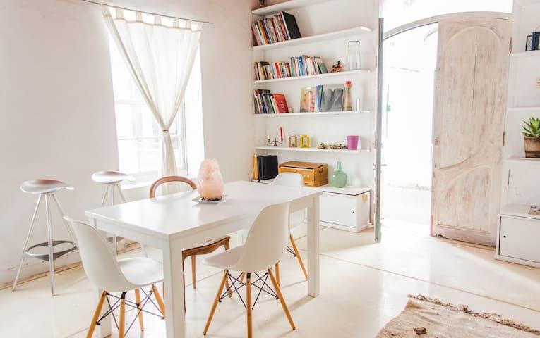 Casa Menorquina con encanto, céntrica y luminosa - Maó - Hus