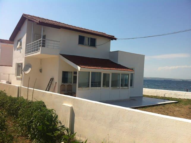 Country/Seashore home -ISTANBUL- 4h - Adatepe Köyü - Дом