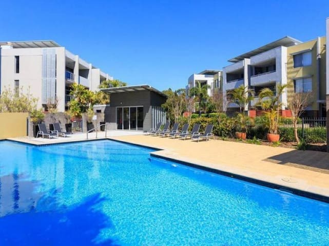 Resort living close to Brisbane CBD - Toowong - 公寓