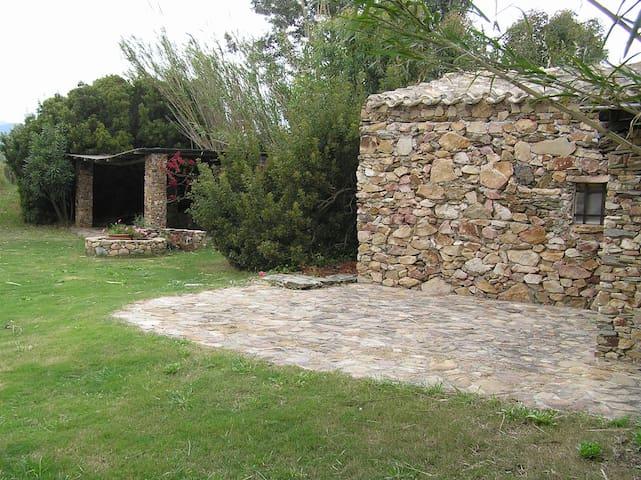Tuerredda, house in the landscape - Teulada - Talo