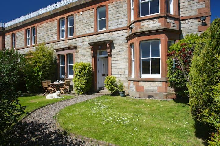 Edwardian house in quiet village - North Queensferry - Casa
