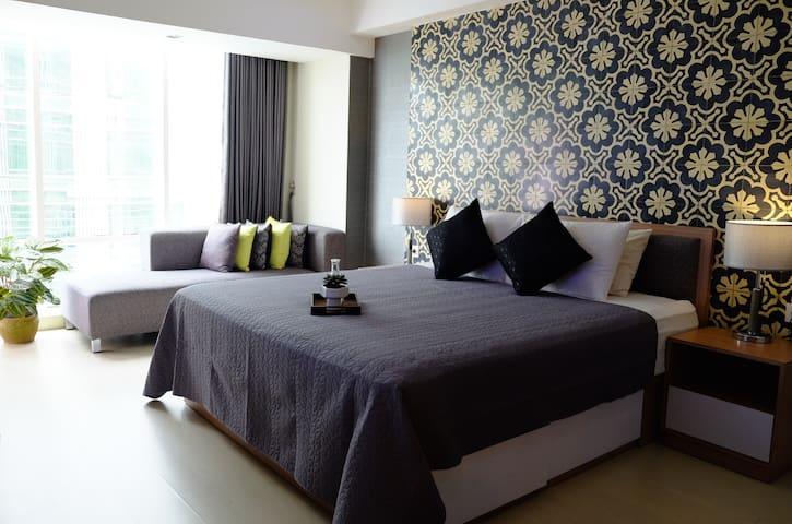 Cozy Studio Apartment with Pool - Kabupaten Sleman - Departamento