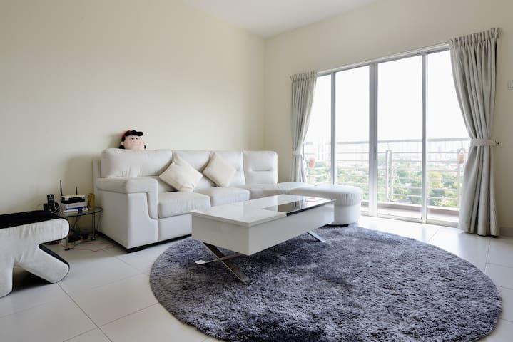 Local Living Bedroom Near Larkin - Johor Bahru - Appartement