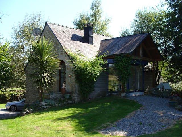 Maison de l'Eté - Quistinic - 自然小屋