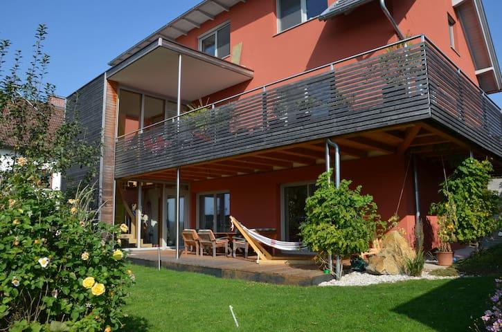 Haus mit Garten&Balkon / House with garden/balcony - Steinhaus bei Wels - Casa