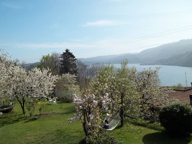 ORTA SEE RELAX  PRIVATE BEACH - Novara - Appartement