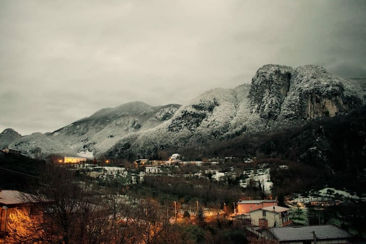 Ai piedi del monte per il tuo relax - Pannarano - Talo