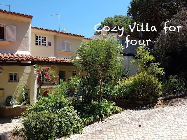 Cozy Villa for four - Cascais