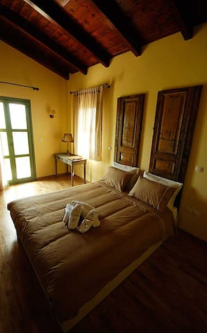 """Volidiera Guesthouse """"Azzure Sun"""" - Kefallonia - Bed & Breakfast"""