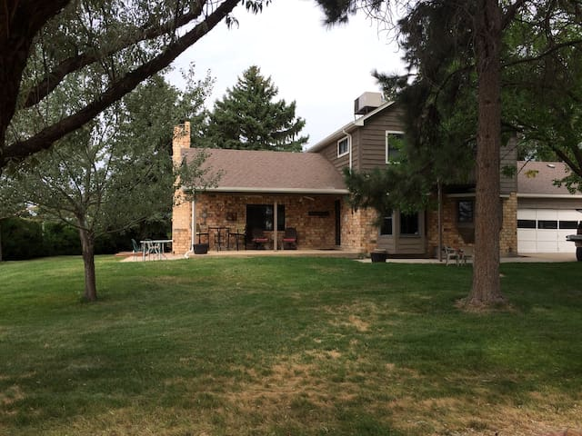 Centrally located 5acre home - Mead - Casa