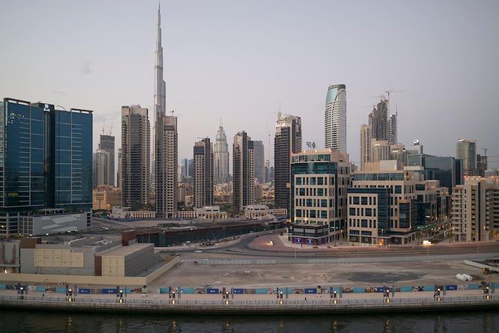 nice cozy apartment, fantastic view to Burj Khal. - Ντουμπάι - Διαμέρισμα