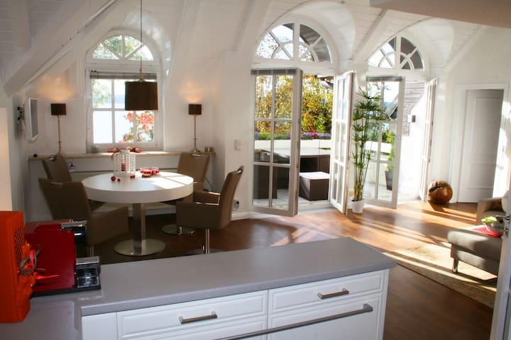 Romantic - directly on the lake - Herrsching - Daire